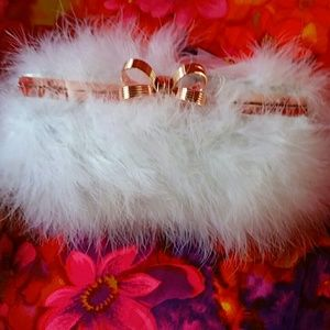 Ted Baker FEATHER CLUTCH / CROSSBODY w Chain strap